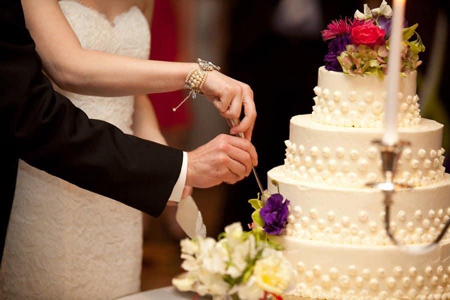 idei pentru un tort de nunta sofisticat