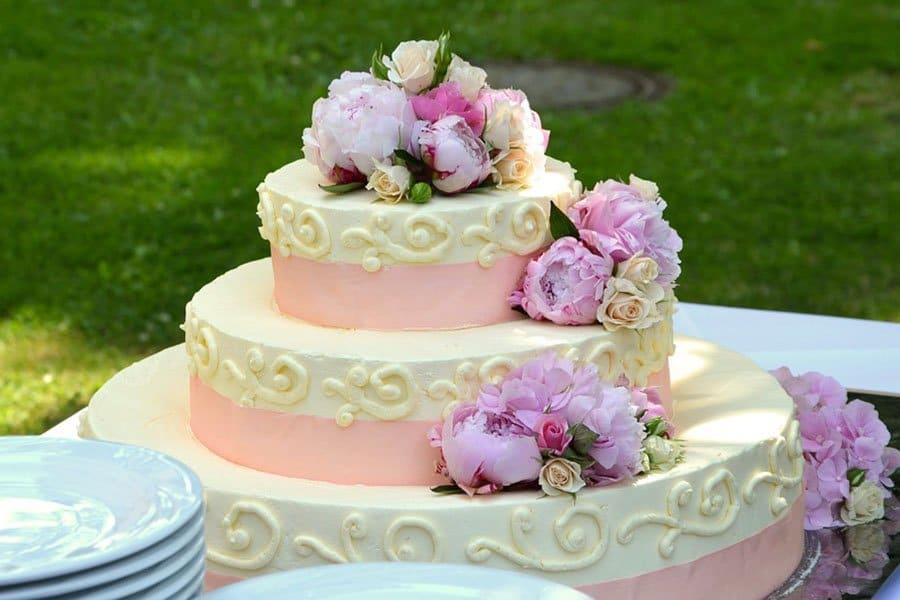 Idei Pentru Un Tort De Nunta Sofisticat Planificarea Nuntii